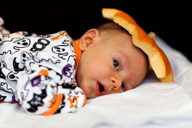 Sonno infantile: quali strategie di addormentamento?